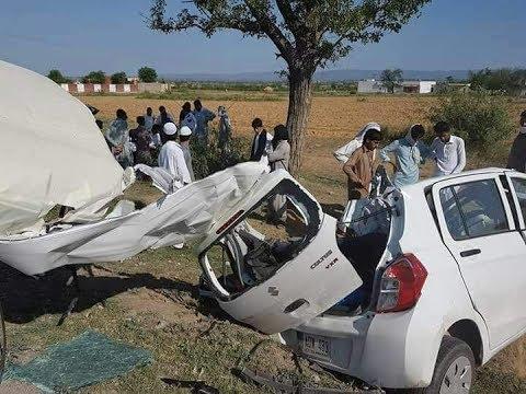 Suzuki cultus VXR 2017 Horrible Accident!!!! Multan Road - YouTube
