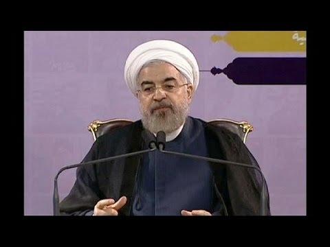 Iran: President Rouhani offers help to Iraq as Sunni insurgents near Baghdad