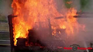 Grote trailer brand op de A50 nabij de op  afrit Apeldoorn Noord