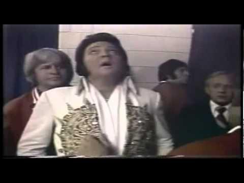 Intro Elvis