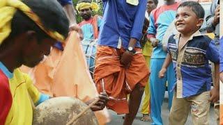 Thappattam with College students Dance-தமிழனின் தப்பாட்டம் கல்லூரி மாணவர்களின் தெறிக்கும் நடனத்துடன்