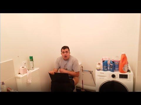 kenny rentre dans les toilette et me balance du jambon youtube. Black Bedroom Furniture Sets. Home Design Ideas