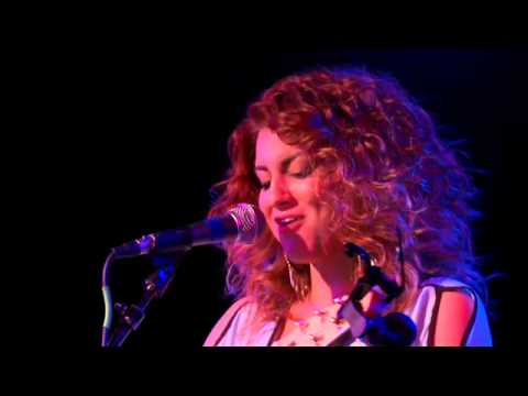 Tori Kelly - LIVE - The Roxy