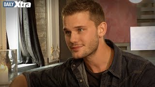 Does it matter if Jeremy Irvine is straight or gay?