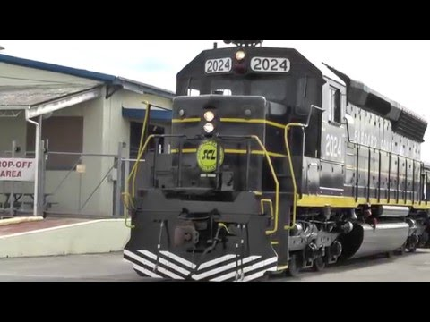 Seaboard Coast Line SD45 #2024 - Debute and Photo Session