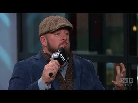 """Chris Sullivan Reacts To The """"This Is Us"""" Costume Outrage"""