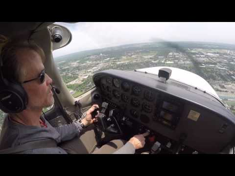 Cessna 172 flying and landing at Executive Airport in Chicago - Student Pilot
