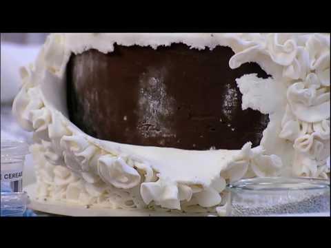 Cobertura do bolo do segundo time começa a cair e incomoda Buddy