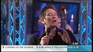 kd lang  -  Hallelujah live on morning TV
