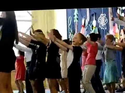 04010122 Pożegnalny taniec absolwentów i nauczycieli
