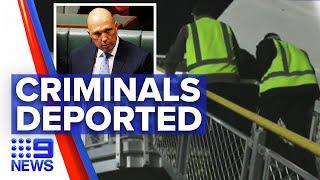 New Zealand criminals deported following officer choking   9 News Australia