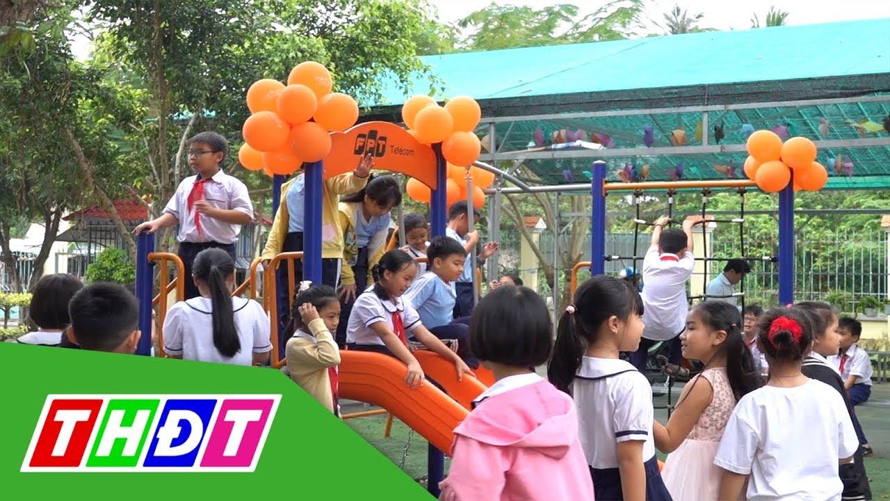 FPT Telecom trao tặng sân chơi cho trẻ em Đồng Tháp | THDT