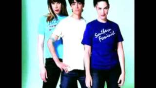 Watch Le Tigre TGIF video