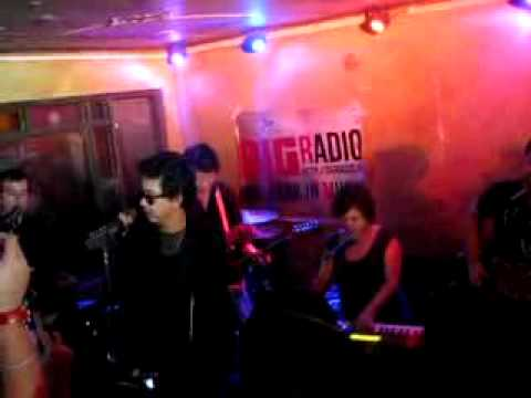 ELY BUENDIA & THE DIAMOND DOGS* [Let's Dance]