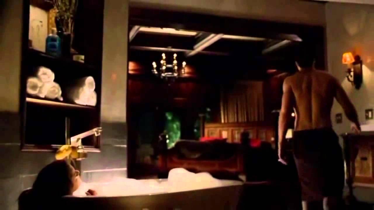 Tvd 5x01 Damon Elena In The Bathroom Kissing Saying Good