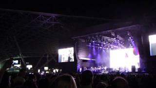 Amr Diab in Abu Dhabi Doo - Nour el Ain + El Alem Allah  29.04.2011