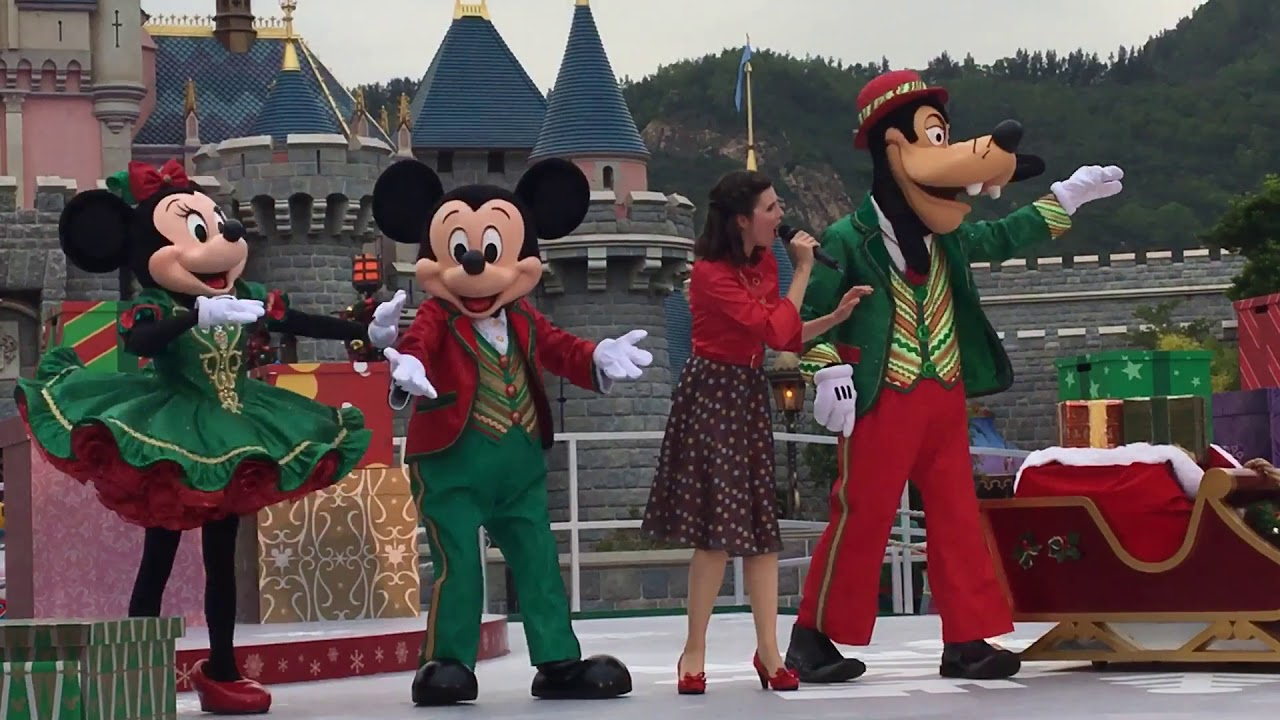 Christmas In Disneyland Hong Kong.Hongkong Disneyland Xmas 2017 Mickey And Friends Christmas Time Ball 11 18 2017