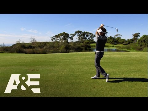 Wahlburgers: Bubba Watson Heckles Mark (Season 5, Episode 6) | A&E