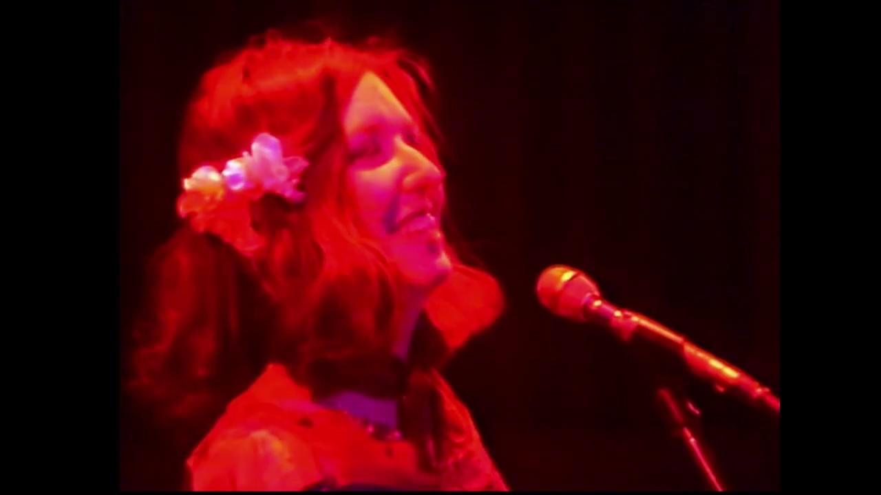 Download Steeleye Span - 'Cam Ye o'er Frae France' 1976 Live.
