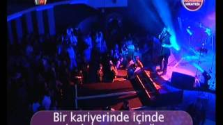 Download Burak Kut - Bir Konser Hikayesi   XLarge (Kral Tv) [HQ].mp4 MP3 song and Music Video