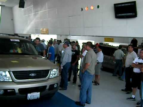 Sale day at ADESA San Diego car auction