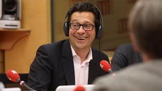 Laurent Gerra imitant François Hollande: