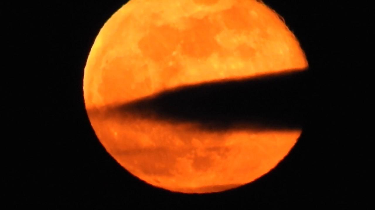 13 03 2017 Super Lunar Eclipse Orange Moon Nikon P900 Hd Youtube