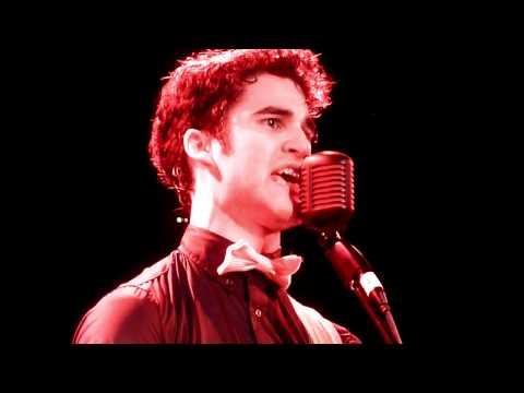 Roxy 12-18-10 - Darren Criss - Stutter [Live]