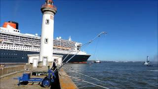SAINT NAZAIRE DEPART DE THE BRIDGE POUR LE QUEEN MARY 2 ET LES ULTIMES