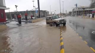 شاهد.. السعودية تغرق في مياه السيول