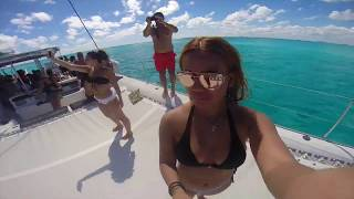 Catamaran Sailing to Isla Mujeres (Mexico 2016)