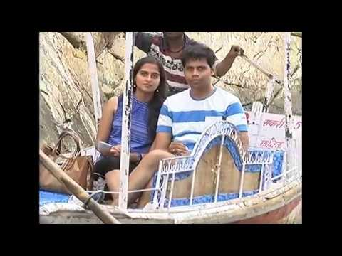 Boating in marble rock canyon of river Narmada at Bhedaghat near Jabalpur