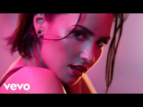 Thumbnail: Demi Lovato - Cool for the Summer (Official Video)