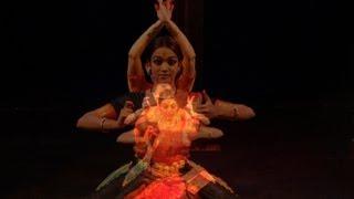 Frau in Skizzen - Contemporary Indian Dance- Alexandra Romanova, Shany Mathew, music by Rikhy Ray
