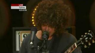 Wolfmother - Joker & The Thief (Live Earth 07.07.07) [HQ]