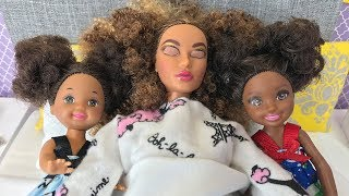 Barbie Mommy Gets Sick! Sisters Morning Routine | Naiah and Elli Doll Show #12