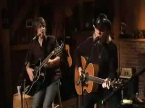 Daryl Hall and  Jimmy Wayne - somebody like you