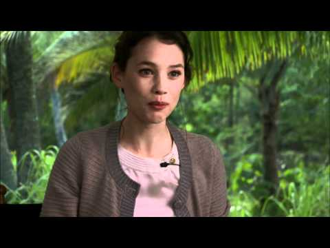 Astrid Bergés-Frisbey 'Pirates of the Caribbean: On Stranger Tides' Interview