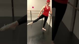 Technique Tuesday: Barre #7 (rond de jambe en l'air)