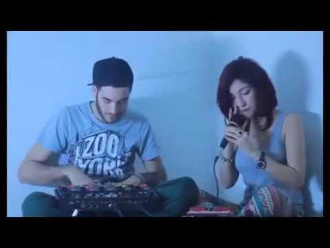 Amazing song : a guy , girl and a looper (Denya Okhra)