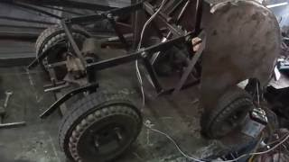 Mechanical engineering students projects--AUTOMOBILE foldable vehicle for space saving