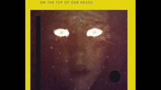 ThE BeWITcHeD hAnDs On ThE tOp Of OuR hEaDs - 04. End of the night (EP - HARD TO CRY)