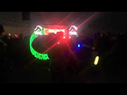 CRSSD Fest 2015 Kygo - Zhu Faded remix - Hoop / Poi Tunneling