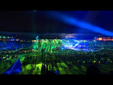 Caledonia - Dougie MacLean - Glasgow 2014 Commonwealth Games Closing Ceremony