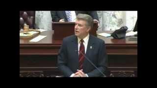 Governor Otter and the Idaho Senate honor Idaho