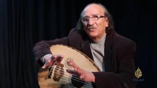 الفنان المقدسي أحمد أبو سلعوم.. 45 عاما في المسرح