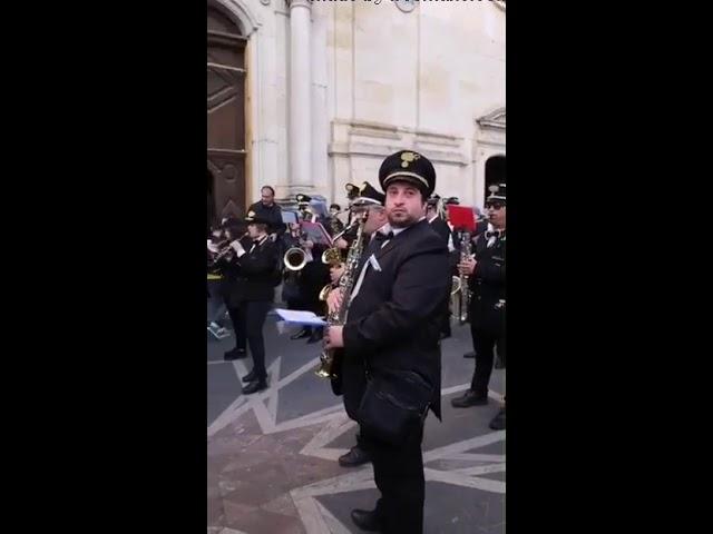 Processione dei Misteri Venerdì Santo a Rossano 2019 La Banda e l'uscita