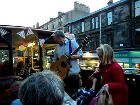 Open Top Bus - the Jeely Piece Song