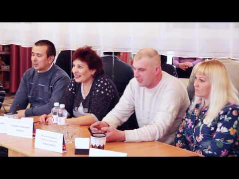 Дарья Голик проводит родительское собрание о гендерности в воспитании