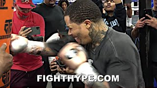 GERVONTA DAVIS BEAST MODE TRAINING; GOING HARD ON THE HEAVY BAG WITH RAPID FIRE SHOTS FOR BARRIOS